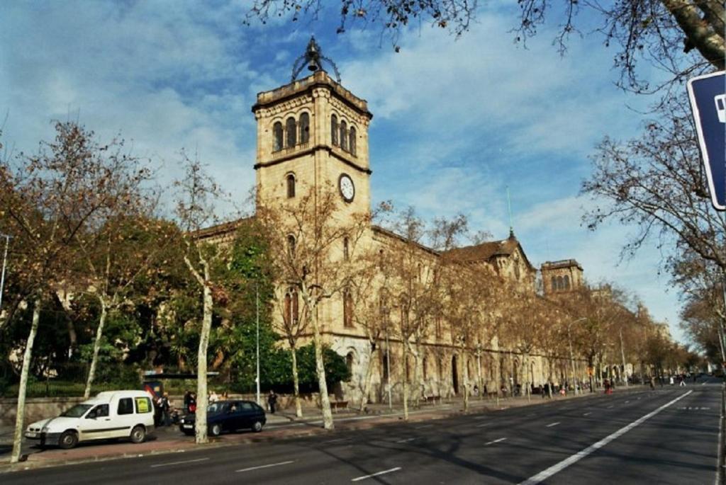 Casas rurales hostal plaza goya bcn casas rurales barcelona - Casas rurales bcn ...
