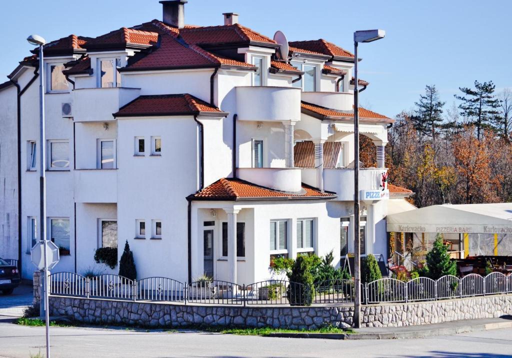 Apartments Villa Bare