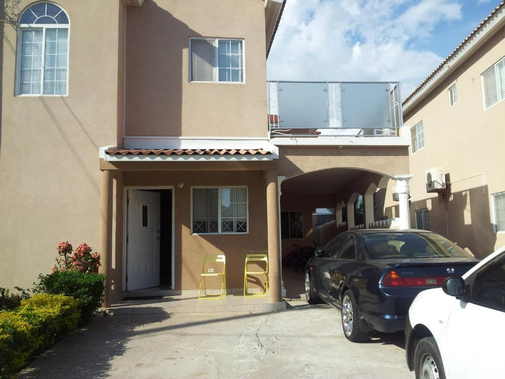 Best deals for apartment caribbean estate portmore for Estate house