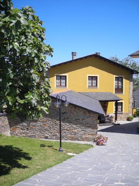 Apartamentos Rurales Casa Pachona (Espanha Veiga) - Booking.com
