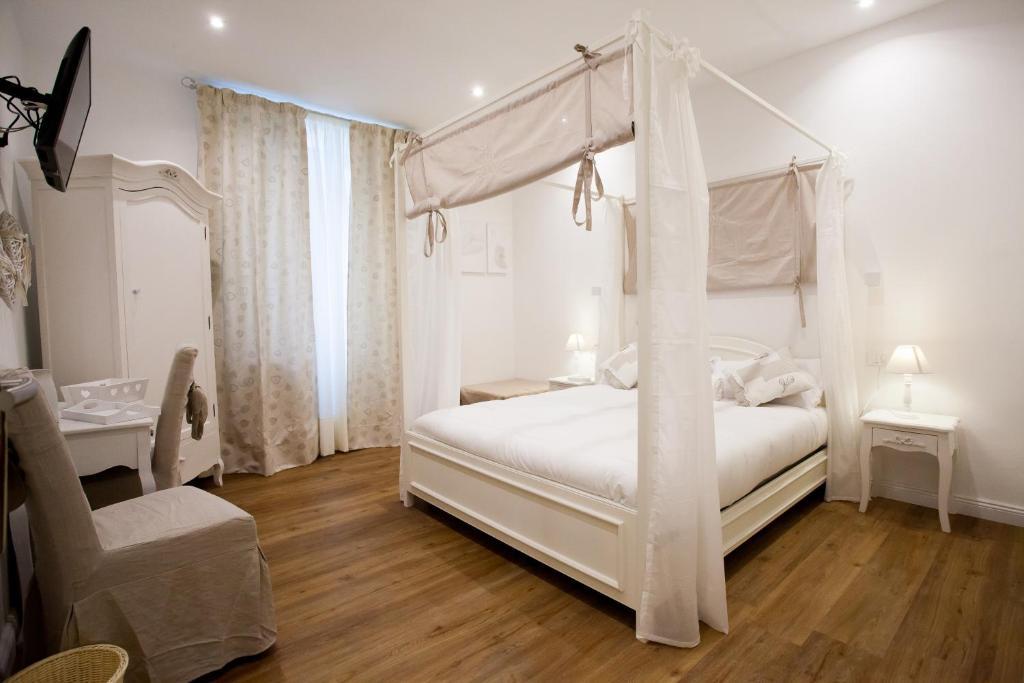 Rent a house in La Spezia cheap
