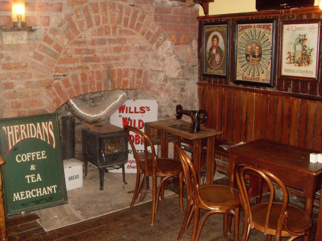 Hotel The Ferryman Townhouse Irlanda Dubl N Booking Com # Muebles Pub Irlandes