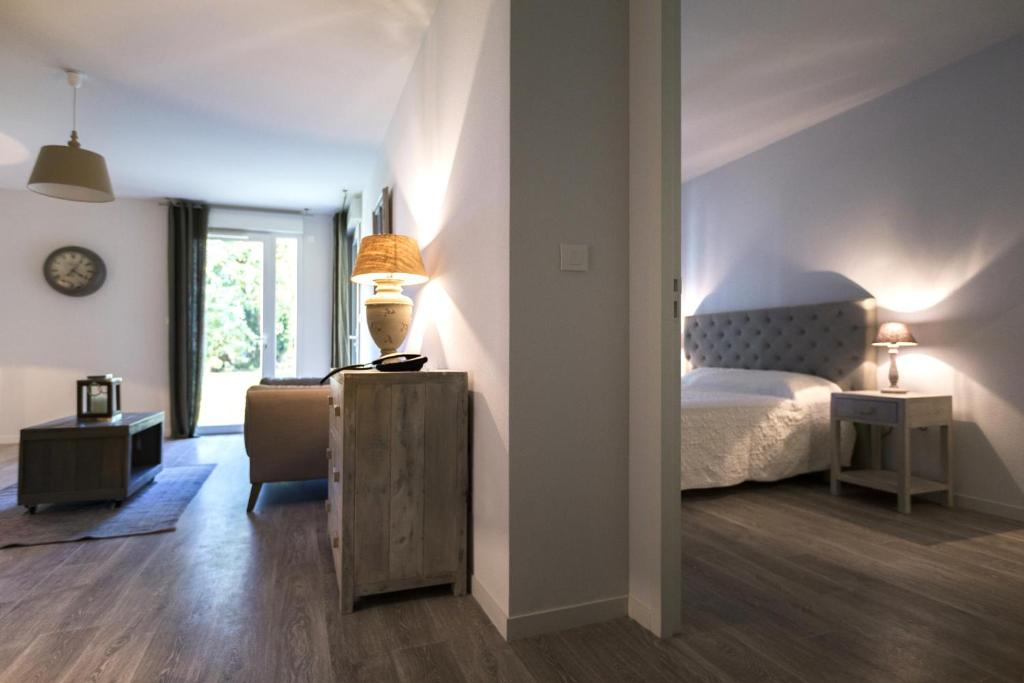 Comparateur zenao appart 39 hotel nevers r servation for Appart hotel tarif