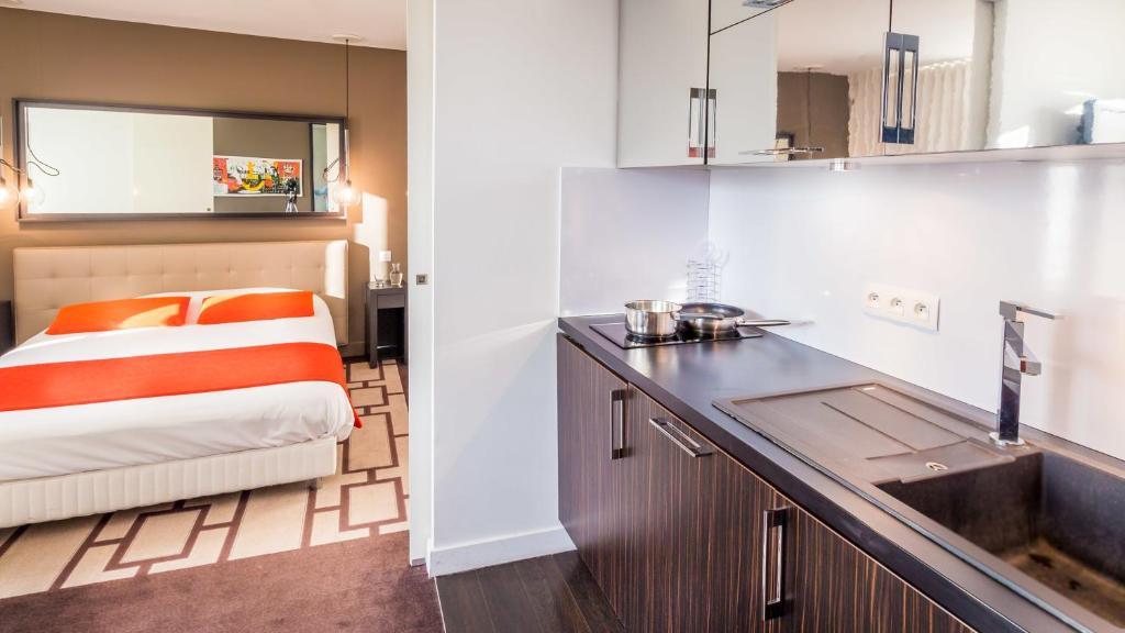 Hipark design suites grenoble grenoble viamichelin for Hotel design grenoble