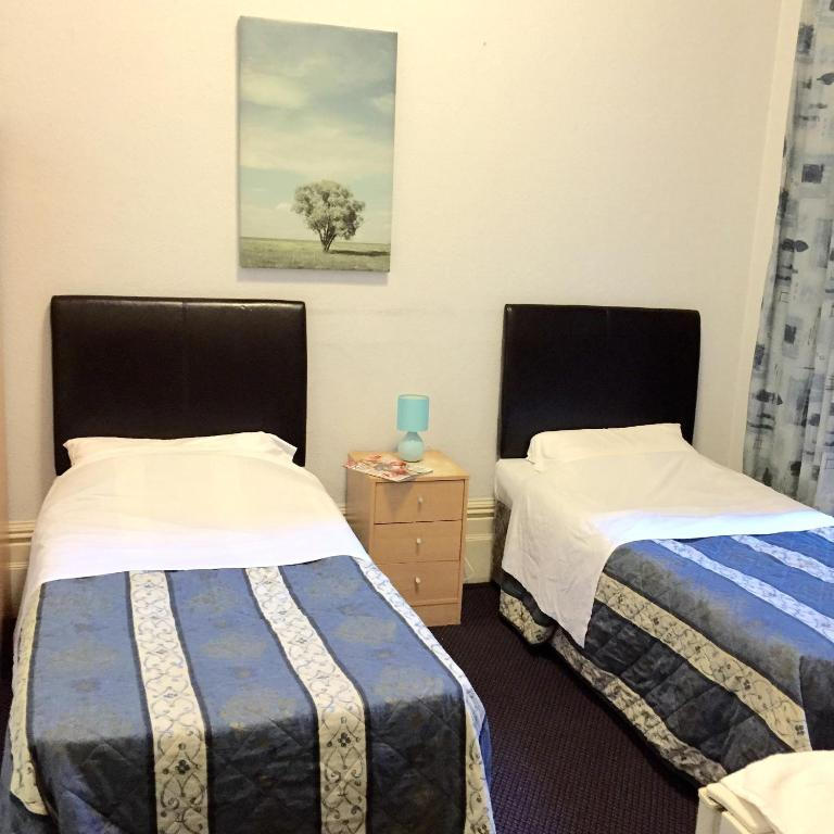 Kensington Rooms And Apartments London Sw Qf