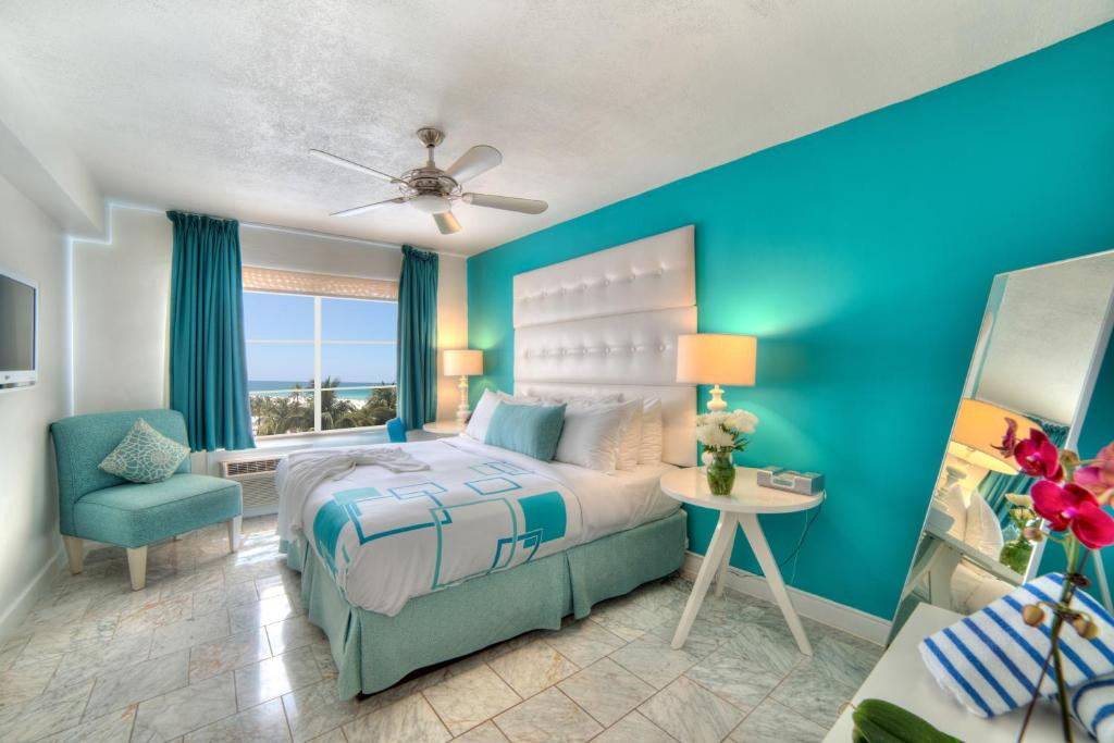 Beacon hotel miami beach book your hotel with viamichelin for 1209 ocean terrace phone number