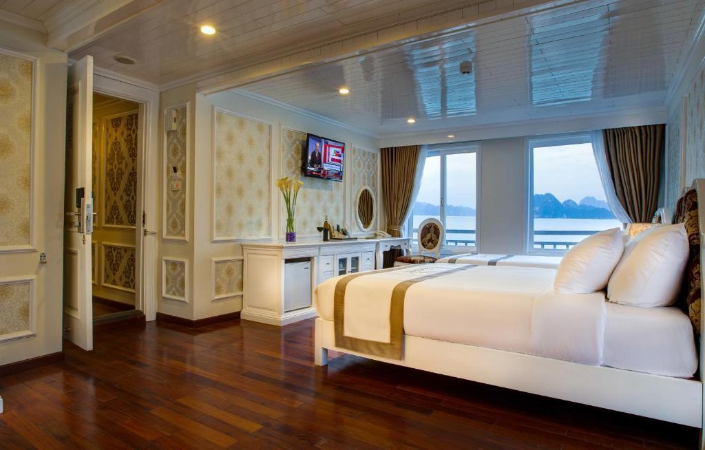 Suite Elite Gia đình Thông qua cửa nối kèm Sân hiên Riêng - 2 ngày 1 đêm