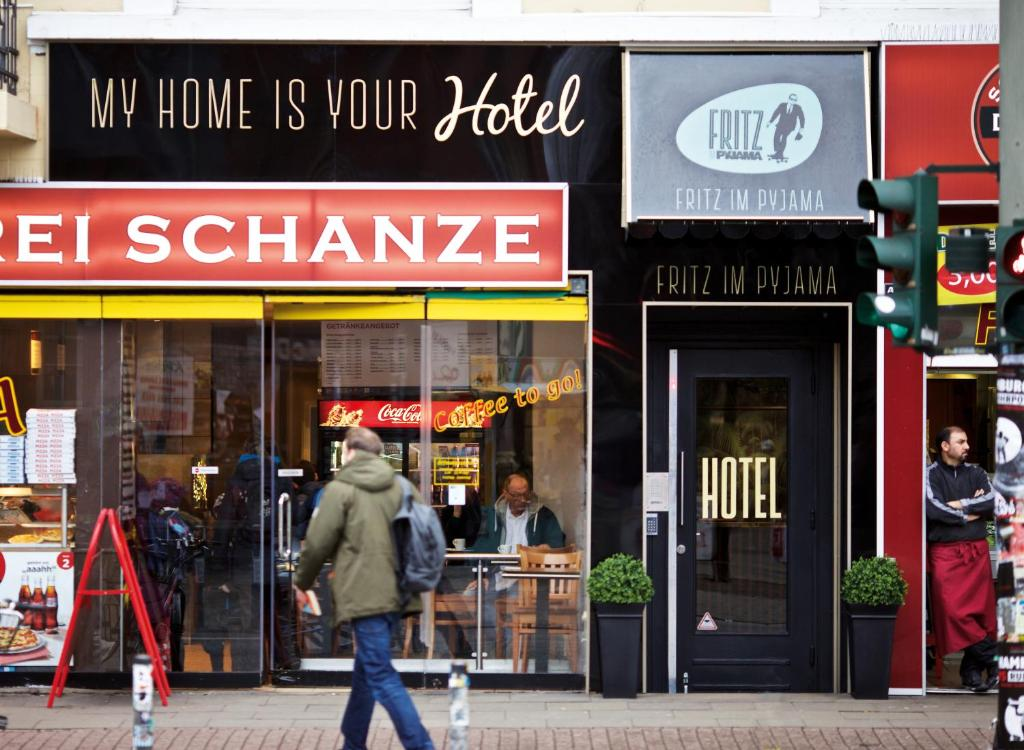 hotel pyjama hamburg bild pyjama bar h ttengaudi zu. Black Bedroom Furniture Sets. Home Design Ideas
