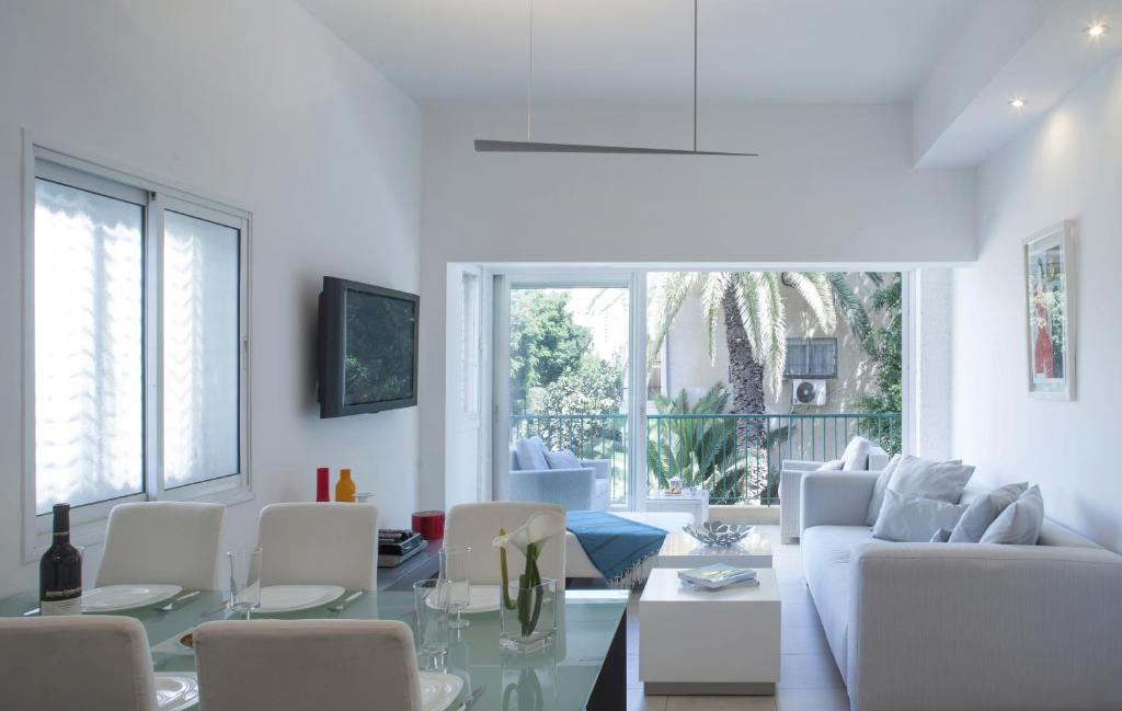 Departamento Holyguest Nice 2 Br With Balcony Israel Tel Aviv