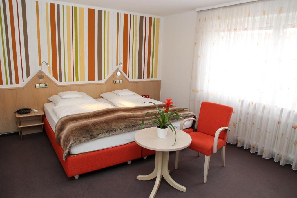 Hotel vetter n rtingen prenotazione on line viamichelin for Hotel vetter