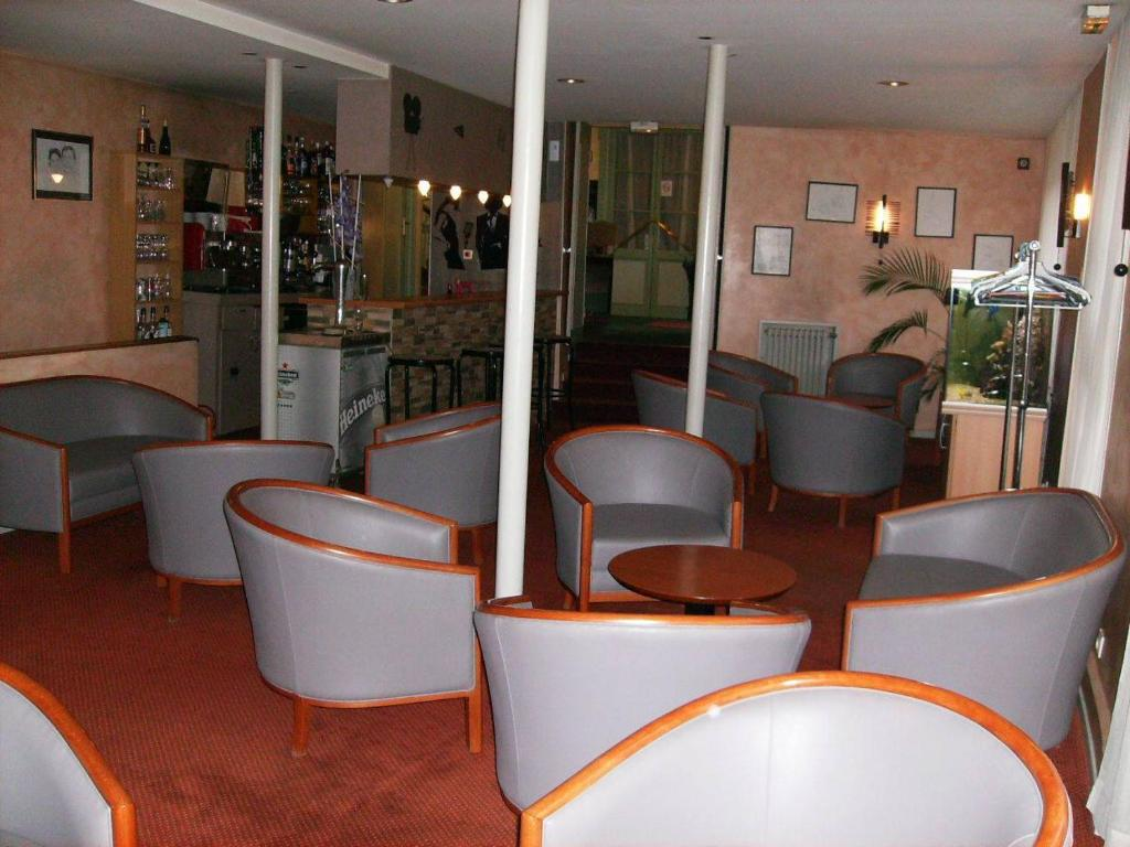 logis h tel pedussaut saint gaudens prenotazione on. Black Bedroom Furniture Sets. Home Design Ideas