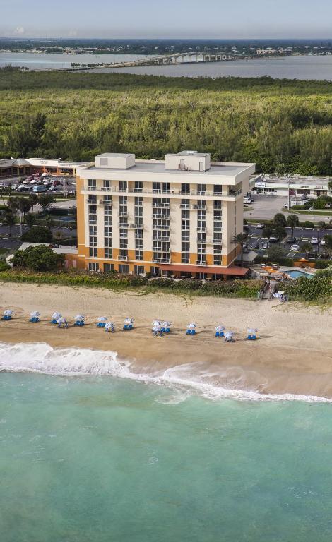 Jensen Beach Marriott Resort And Public Beach Access