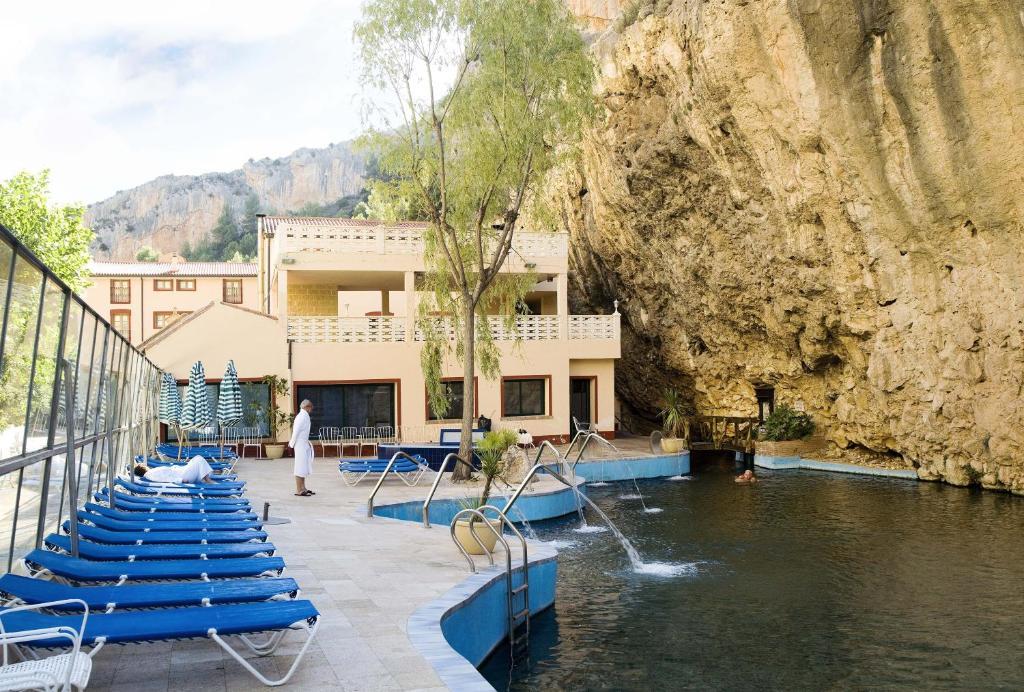 Hotel balneario de la virgen ateca reserva tu hotel con - Balneario de la virgen ...
