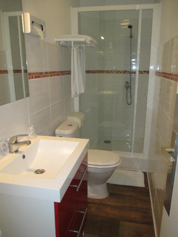 hotel belle vue royan royan online booking viamichelin. Black Bedroom Furniture Sets. Home Design Ideas