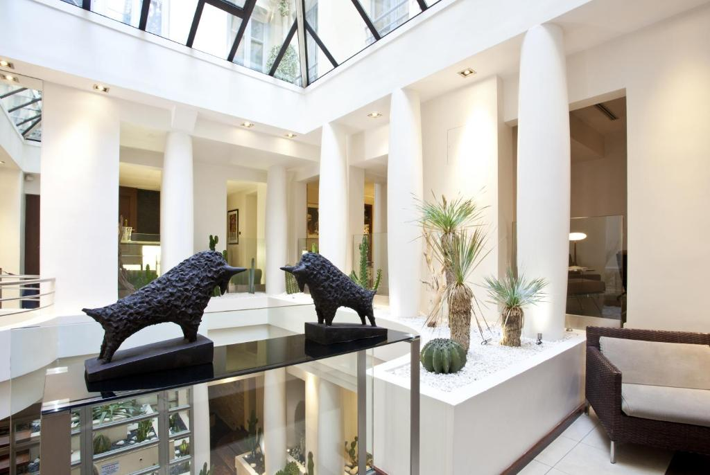 Select hotel paris book your hotel with viamichelin for Hotel design 75005