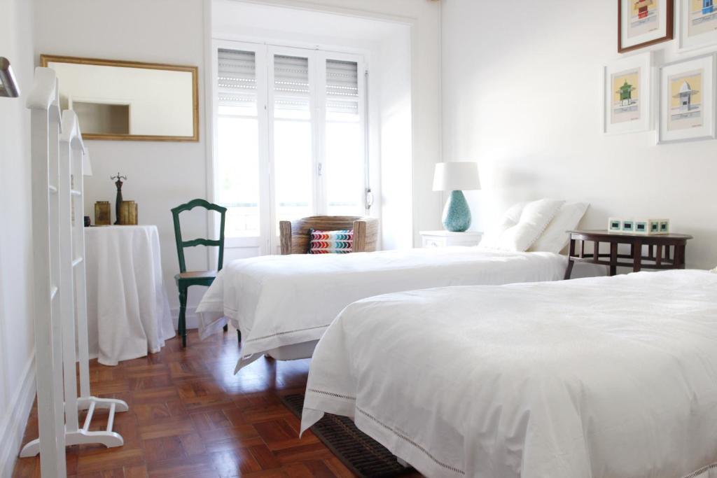 chambres d 39 h tes magnolia guesthouse chambres d 39 h tes lisbonne. Black Bedroom Furniture Sets. Home Design Ideas