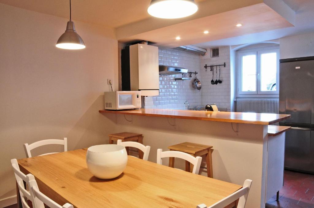 Appartement l 39 atelier des chartrons locations de vacances for Appartement atelier