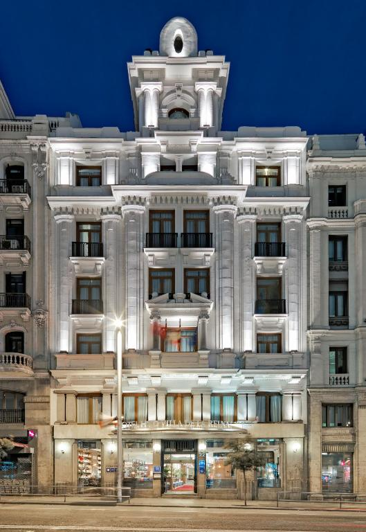 Boutique hotel h10 villa de la reina madrid book your for Best boutique hotels in la