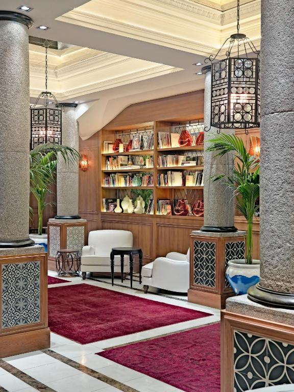 Hotel H Villa De La Reina Madrid Booking