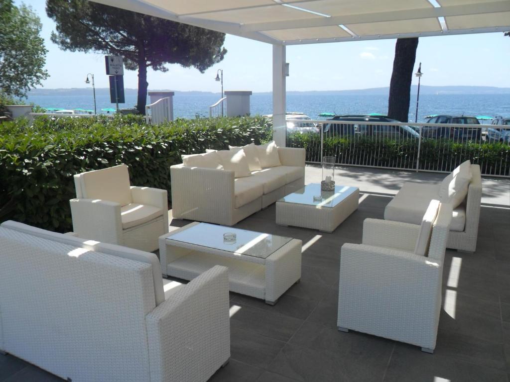 Skipper White Guest House (Italia Trevignano Romano) - Booking.com