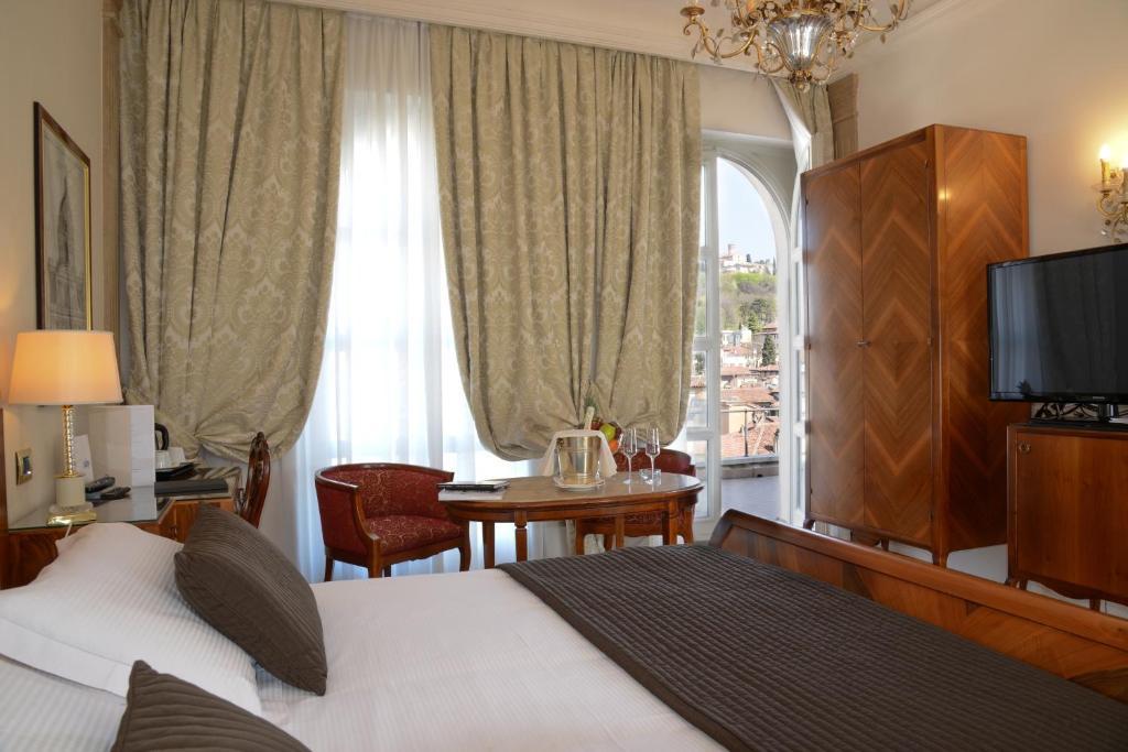 hotel vittoria brescia informationen und buchungen online viamichelin. Black Bedroom Furniture Sets. Home Design Ideas