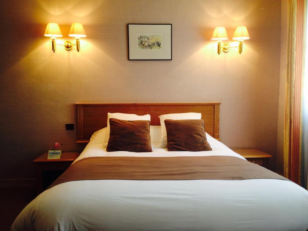 hotel de clisson saint brieuc saint brieuc prenotazione on line viamichelin. Black Bedroom Furniture Sets. Home Design Ideas