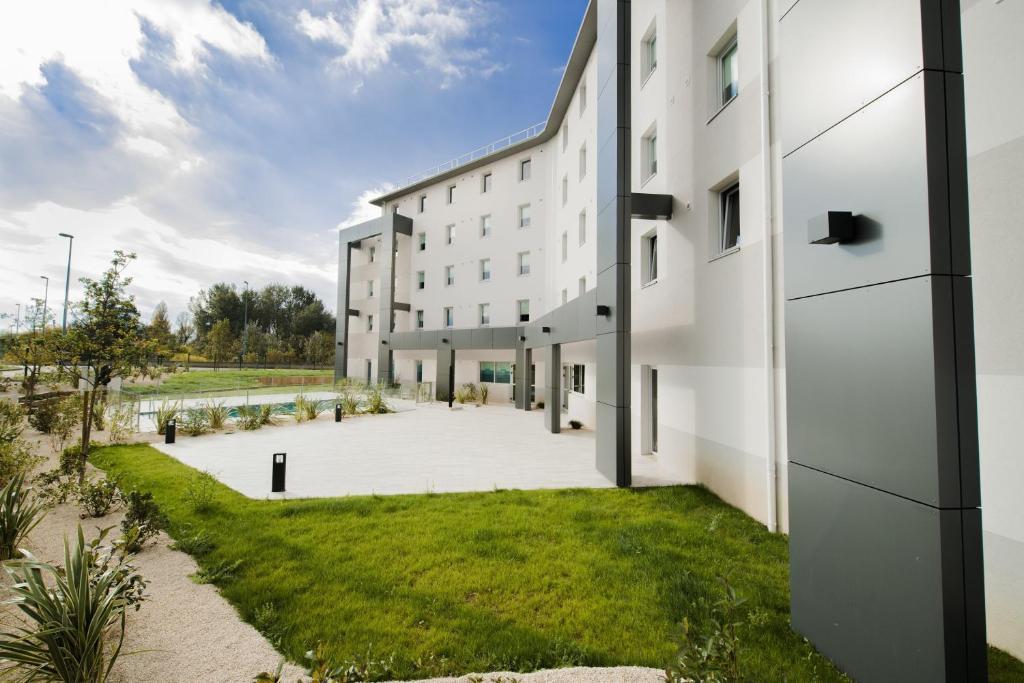 hotel ibis budget valence sud. Black Bedroom Furniture Sets. Home Design Ideas