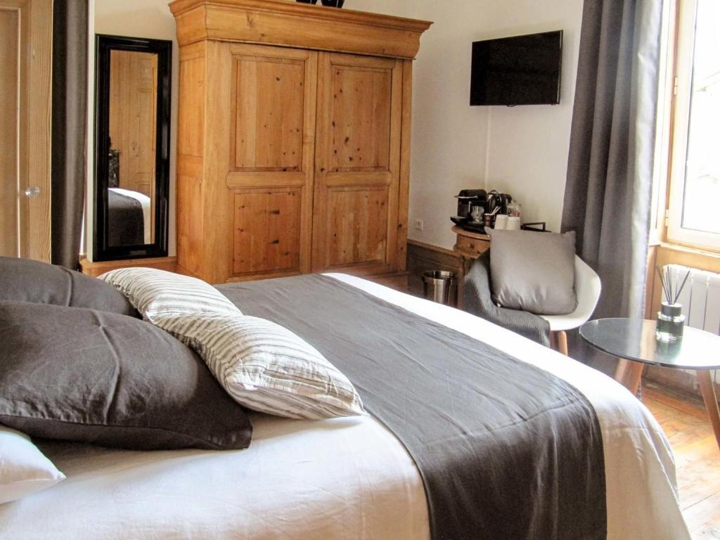 le lit du loup saint jean d 39 ardi res informationen und buchungen online viamichelin. Black Bedroom Furniture Sets. Home Design Ideas