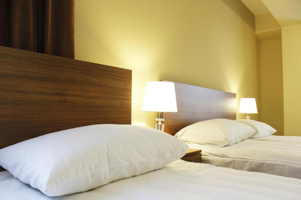 5th floor guest house yerevan bed breakfast yerevan for 14 floor hotel yerevan