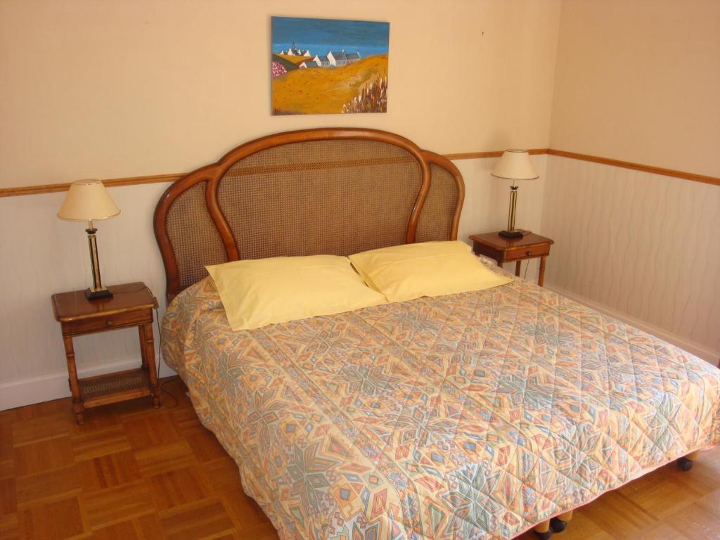 Chambre du0026#39;Hu00f4te u00e0 Coray Reserve now