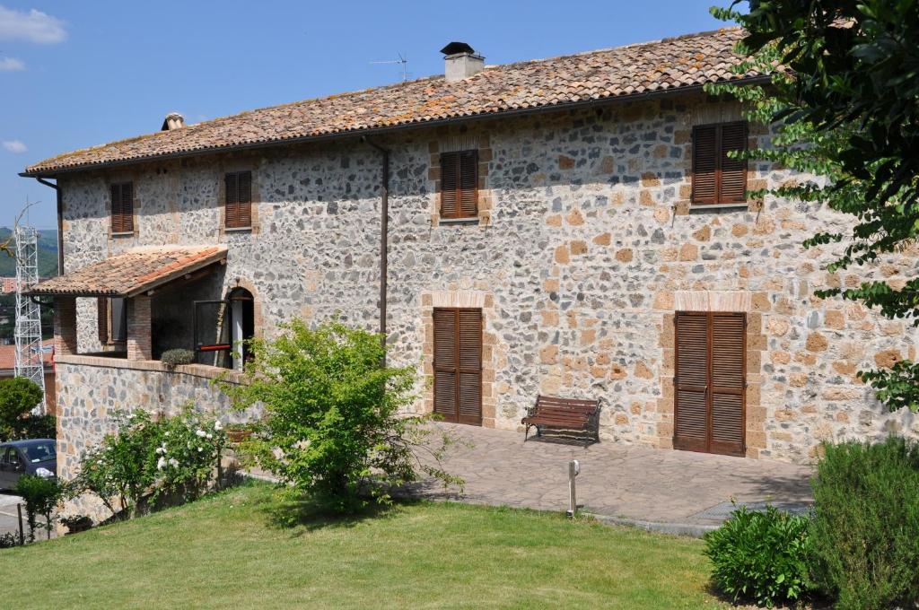 Villa acquafredda orvieto book your hotel with viamichelin for Hotels in orvieto with swimming pool