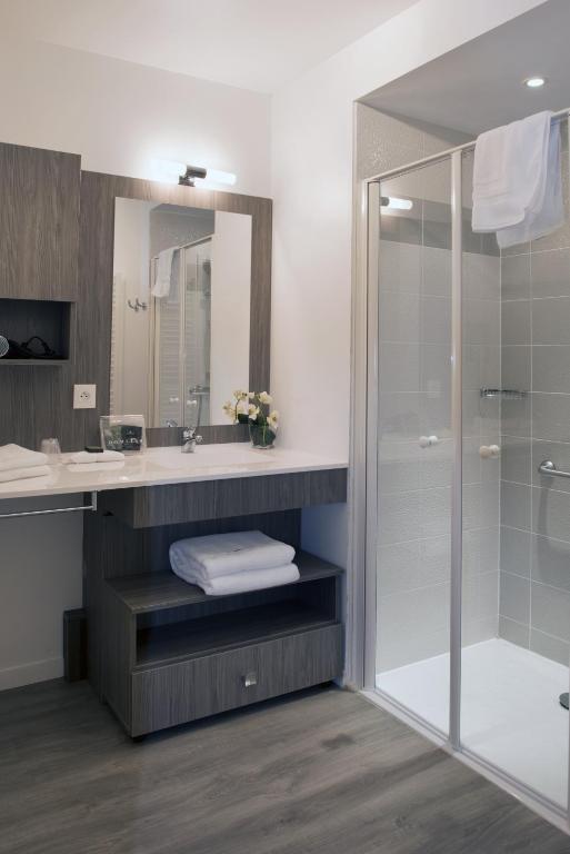 domitys le griffon d or saint brieuc prenotazione on. Black Bedroom Furniture Sets. Home Design Ideas