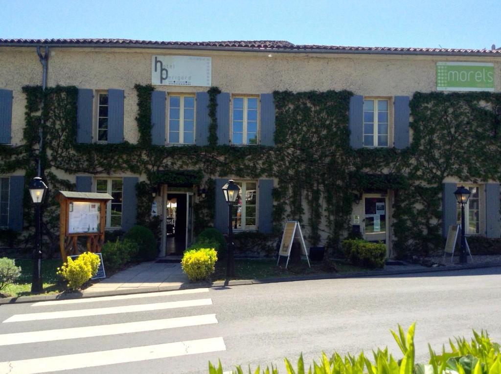 Hotel Du Champ De Foire Saint Aulaye