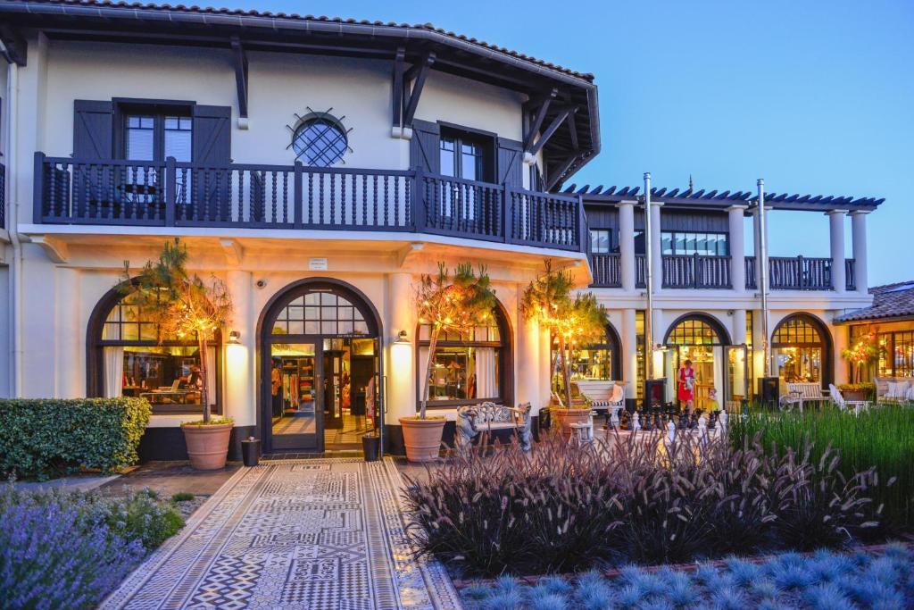 Hotel la co o rniche r servation gratuite sur viamichelin - Hotel la co o rniche ...