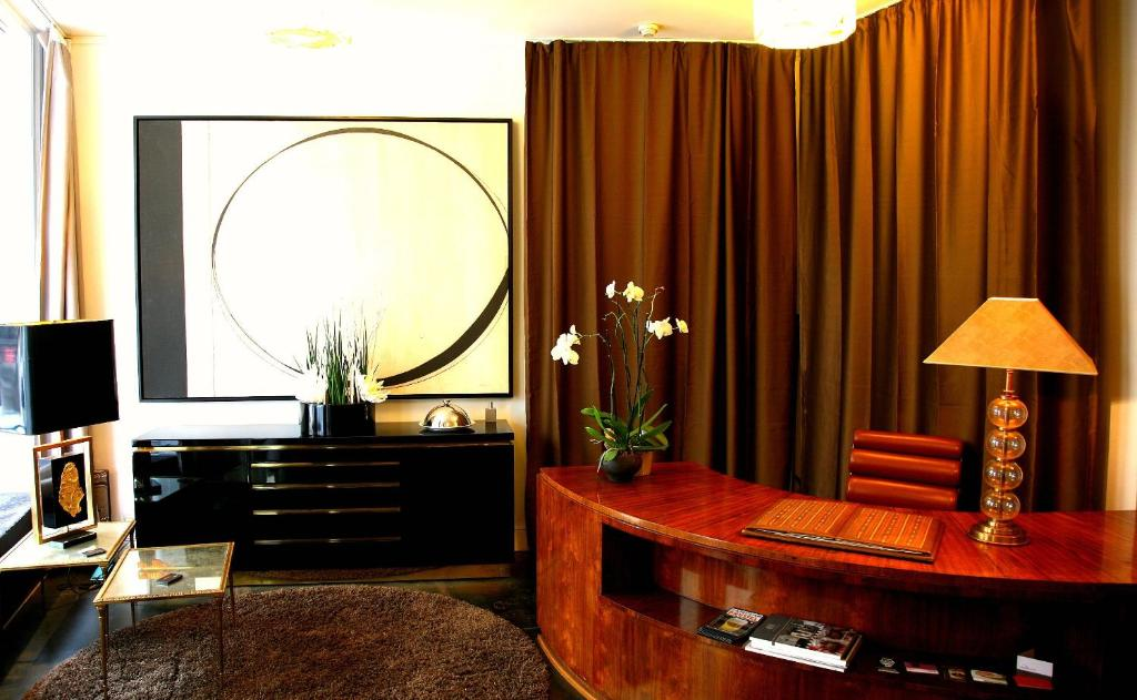 Chambres d 39 h tes bed and breakfast sablon aire suite for Chambre d hote bruxelles