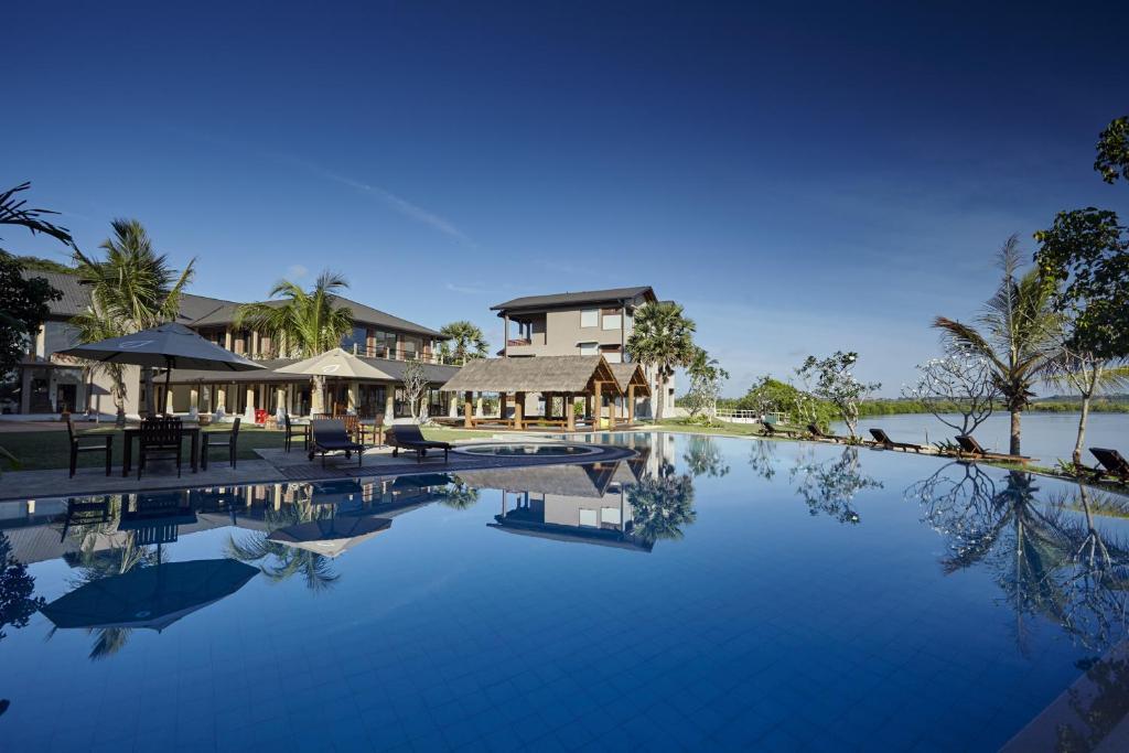 Amaranthe Bay Resort Amp Spa Trincomalee Book Your Hotel