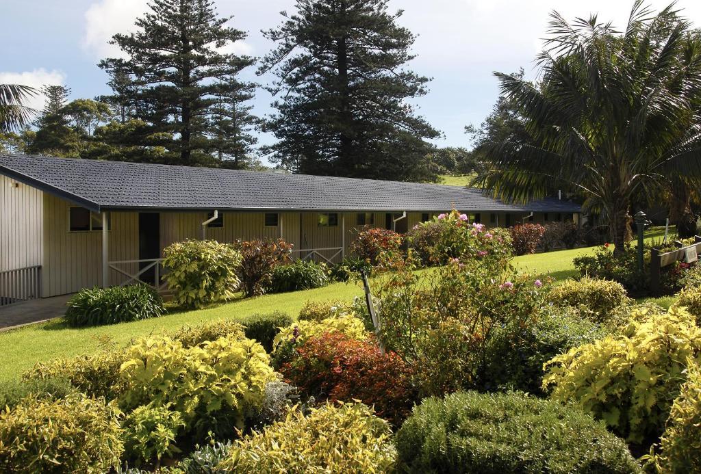 Top Deals The Crest Apartments Burnt Pine Norfolk Island