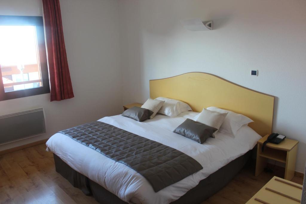 Hotel Du Lys Reviews