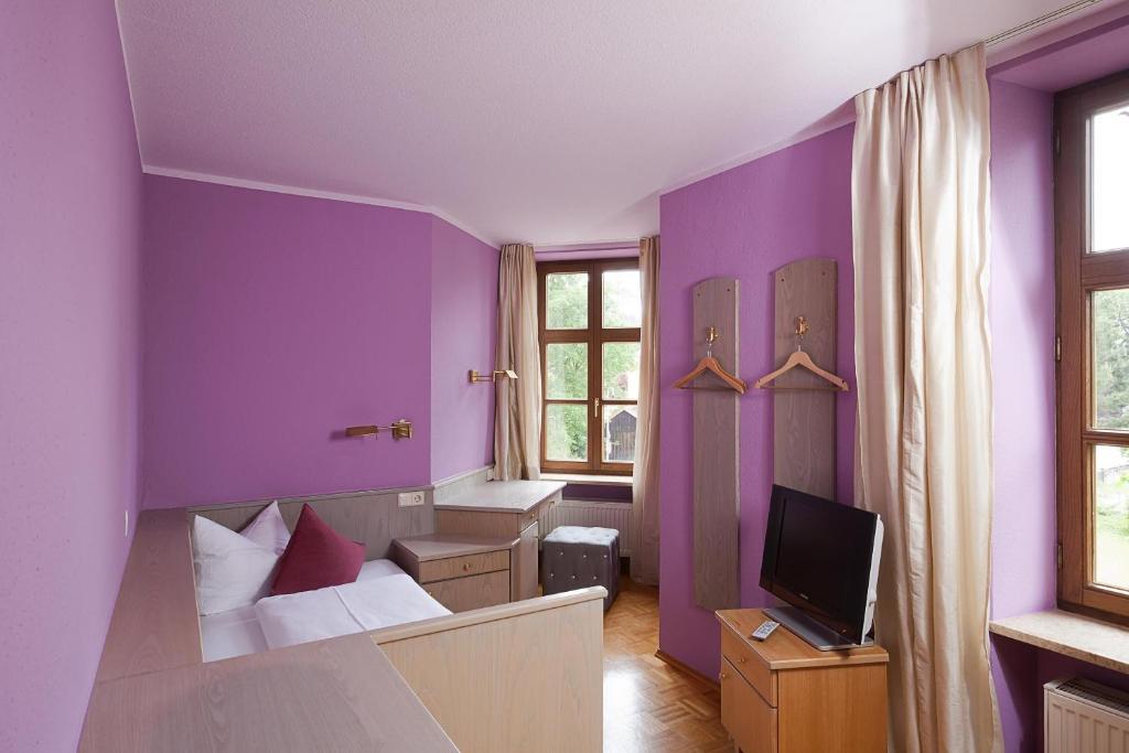 Hotel fantasia f ssen book your hotel with viamichelin for Fussen design hotel