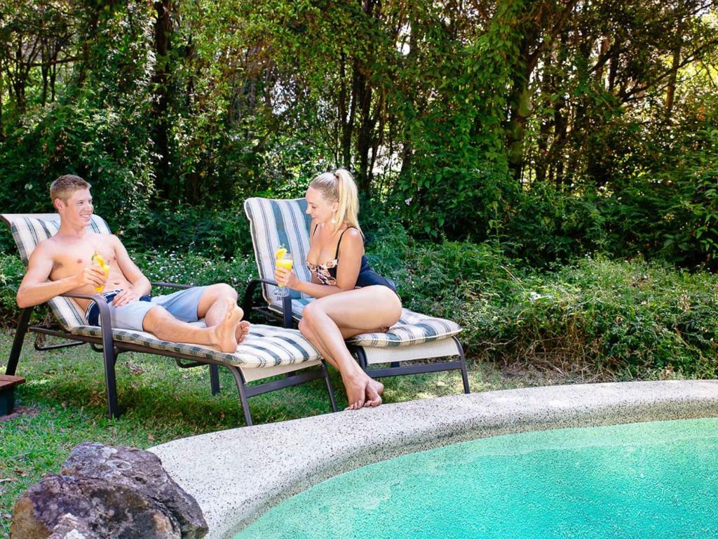 Lillypilly 39 s country cottages day spa r servation for Piscine montville
