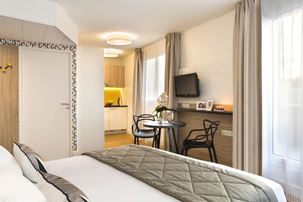 Citadines tour eiffel paris paris online booking for Seven hotel paris booking