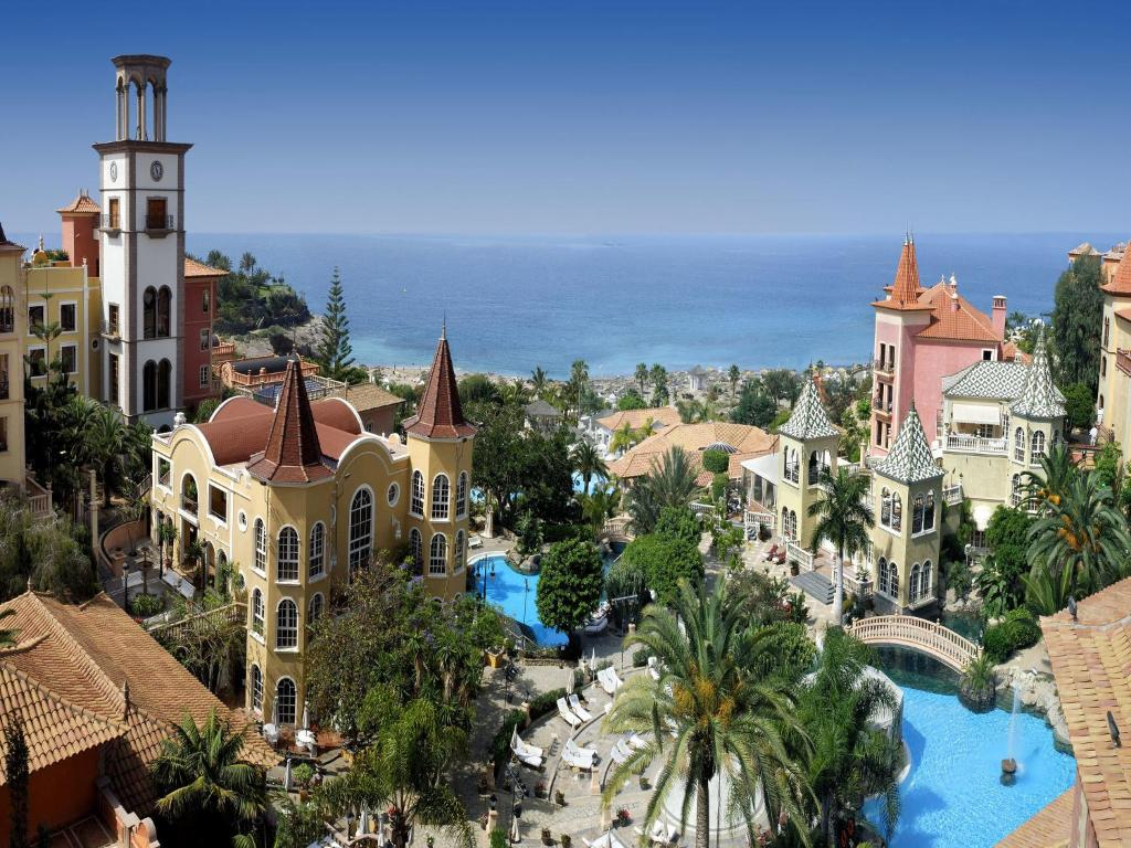 Gran hotel bahia del duque resort adeje book your - Hotel gran bahia del duque ...