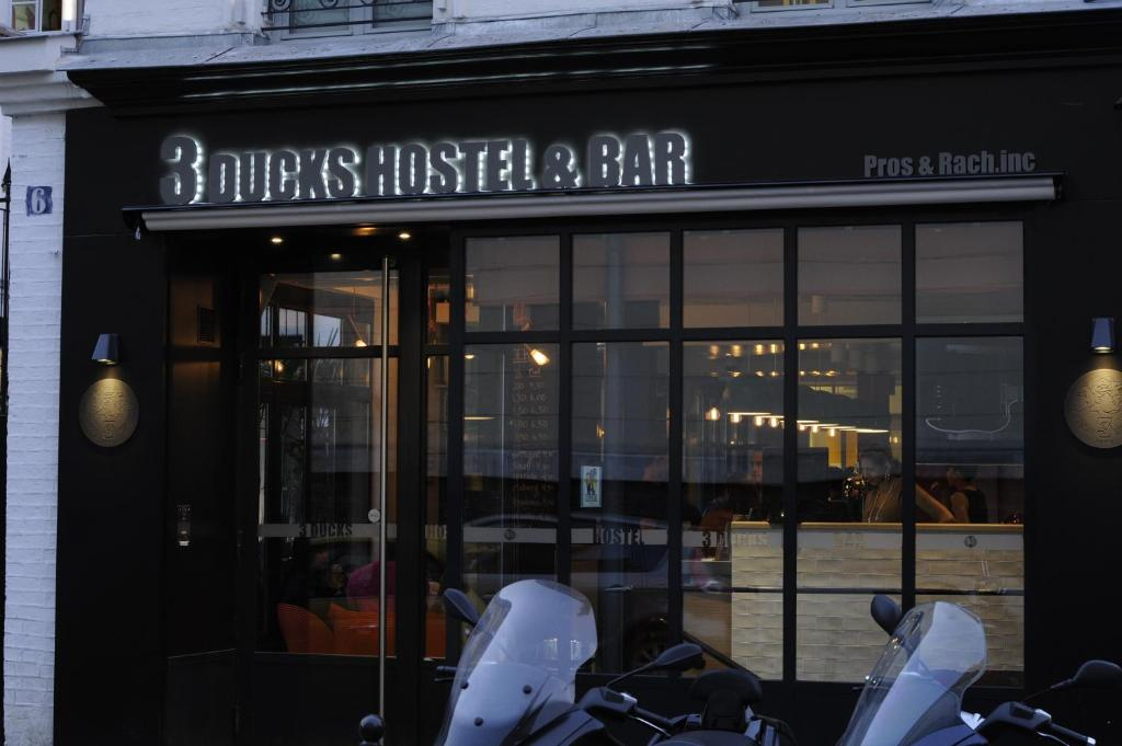 3 ducks boutique hostel paris for Boutique hostel