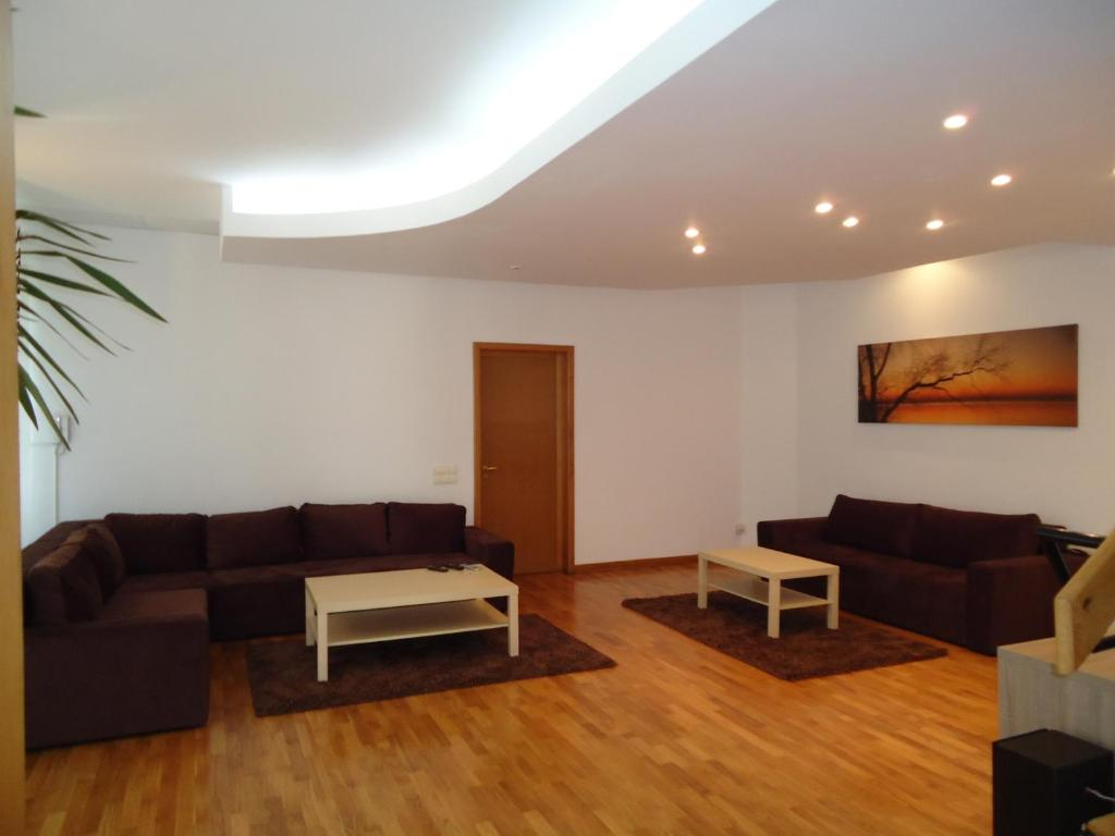 Bucharest apartments bucharest book your hotel with for Bucharest apartments