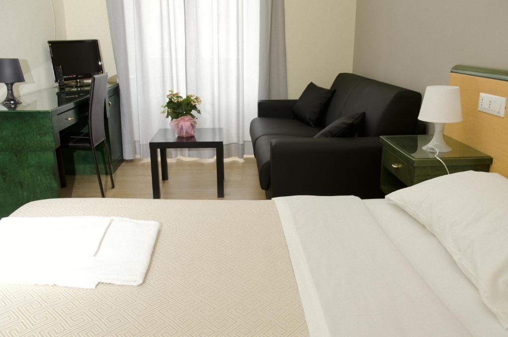 Hotel meubl suisse r servation gratuite sur viamichelin for Hotel meuble suisse genova