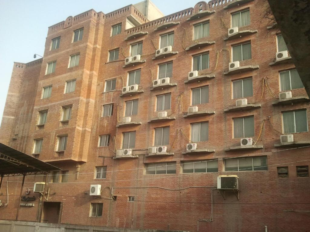 Carlton Tower Hotel Lahore - Lahore