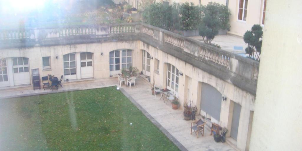 Chambre d 39 h tes bed breakfast place des vosges chambres for Chambre d hotes bastille