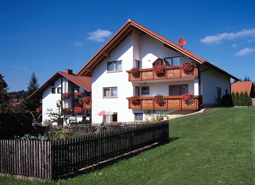 Hotel Landgasthaus Sockenbacher Hof In Waldbrunn