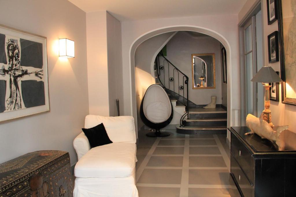 Villa du square luxury guest house boulogne billancourt prenotazione on - 10 square du docteur blanche 75016 paris ...