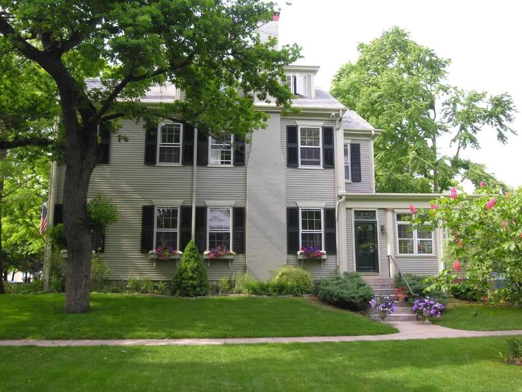 Bed And Breakfast Bedford Ma